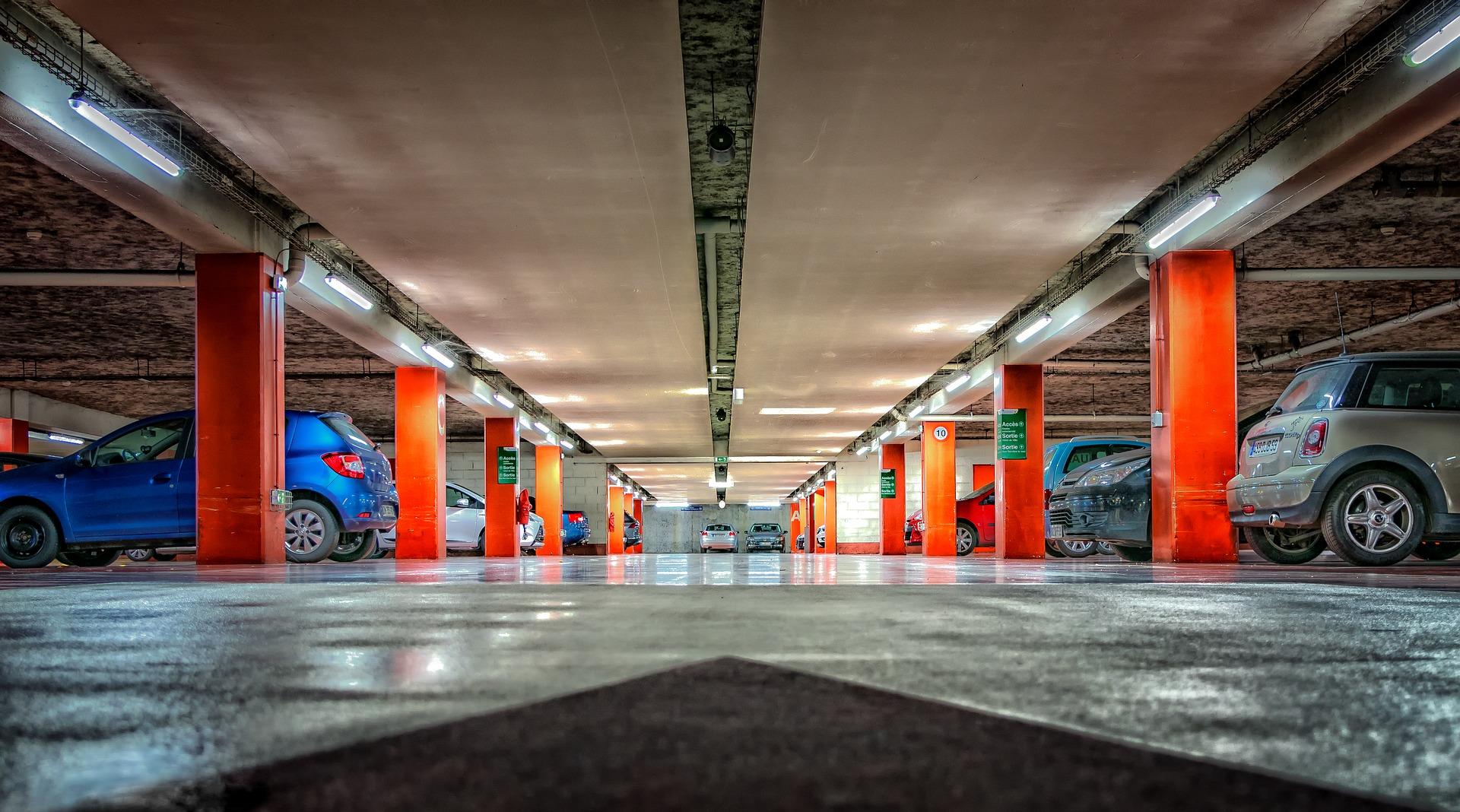 grand projet d'installation de chemin de câbles et support pour parking et sous-terriains